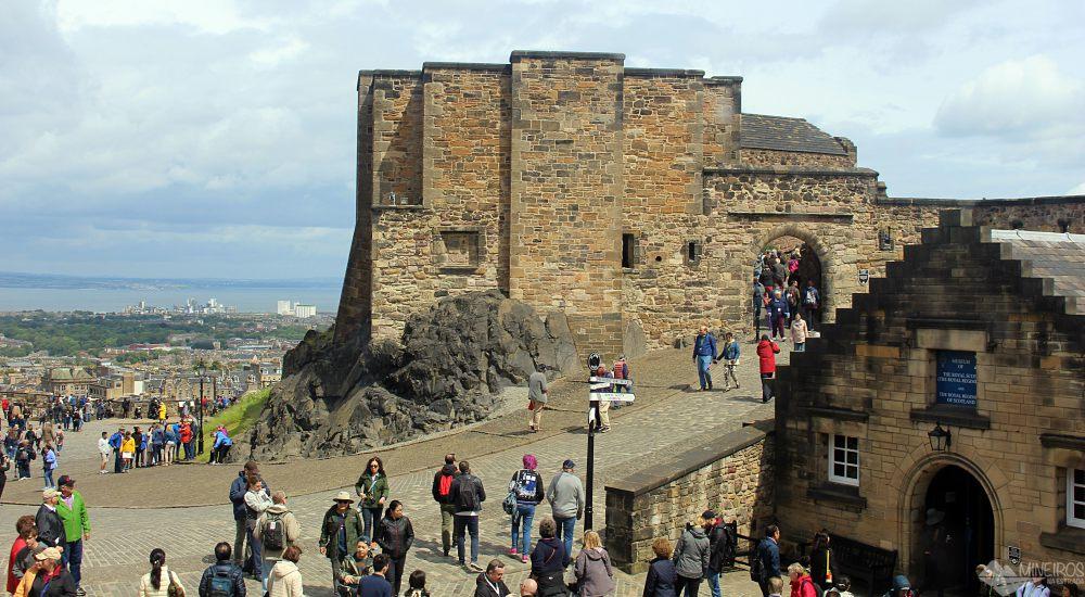 O Explorer Pass é um bilhete que permite entrada em mais de 70 atrações em toda a Escócia. Veja neste post se vale a pena comprá-lo.