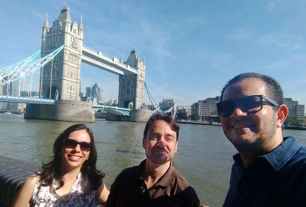 Saiba como contratar os serviços de um fotógrafo profissional para registrar seus melhores momentos em Londres.