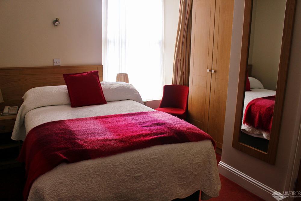 Está procurando onde ficar em Cork, na Irlanda? Veja nosso review da pousada Garnish House, uma opção de hospedagem familiar econômica e bem localizada.