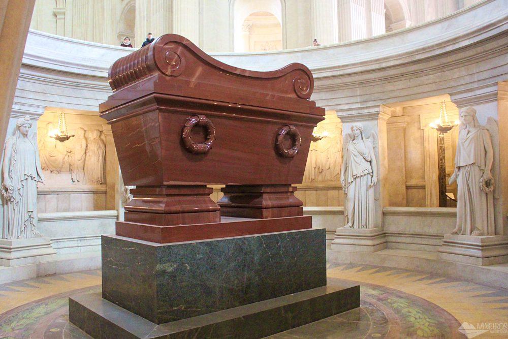 Museu das Armas, Paris. Túmulo de Napoleão.
