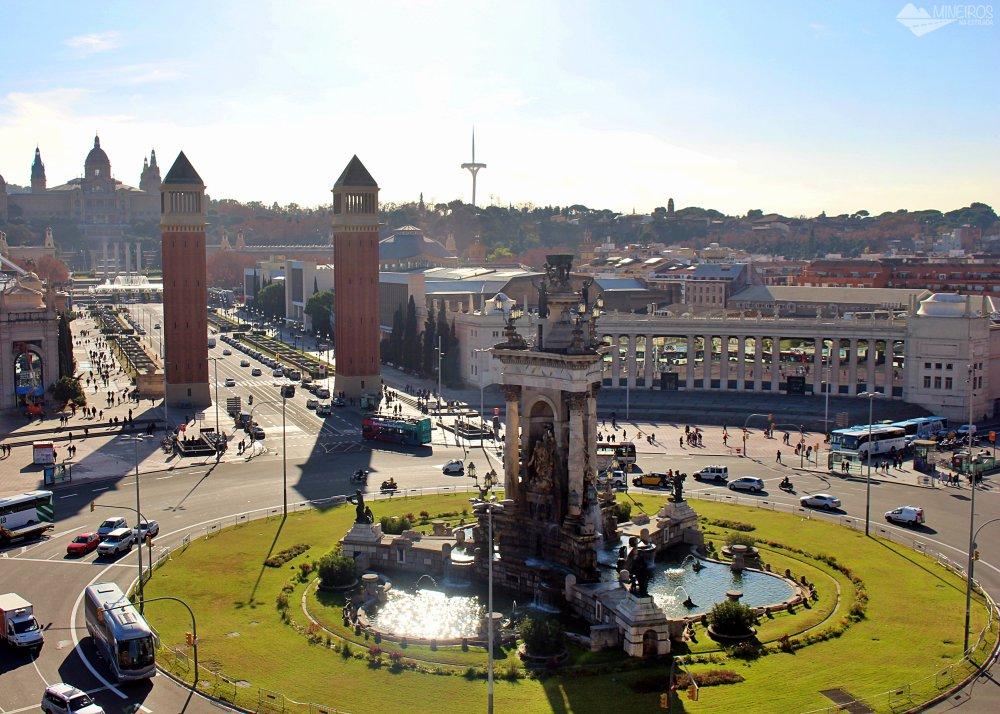 Precisa de ajuda para montar seu roteiro para Barcelona? Veja neste post o que fazer em 4 dias na cidade. Uma sugestão é o Shopping Las Arenas.