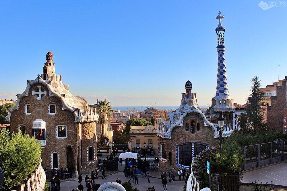 Precisa de ajuda para montar seu roteiro para Barcelona? Veja neste post o que fazer em 4 dias na cidade. Uma sugestão é o Parque G6Uell.