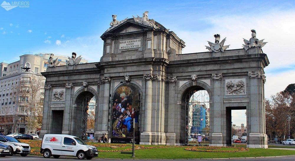 Porta de Alcalá, Madri