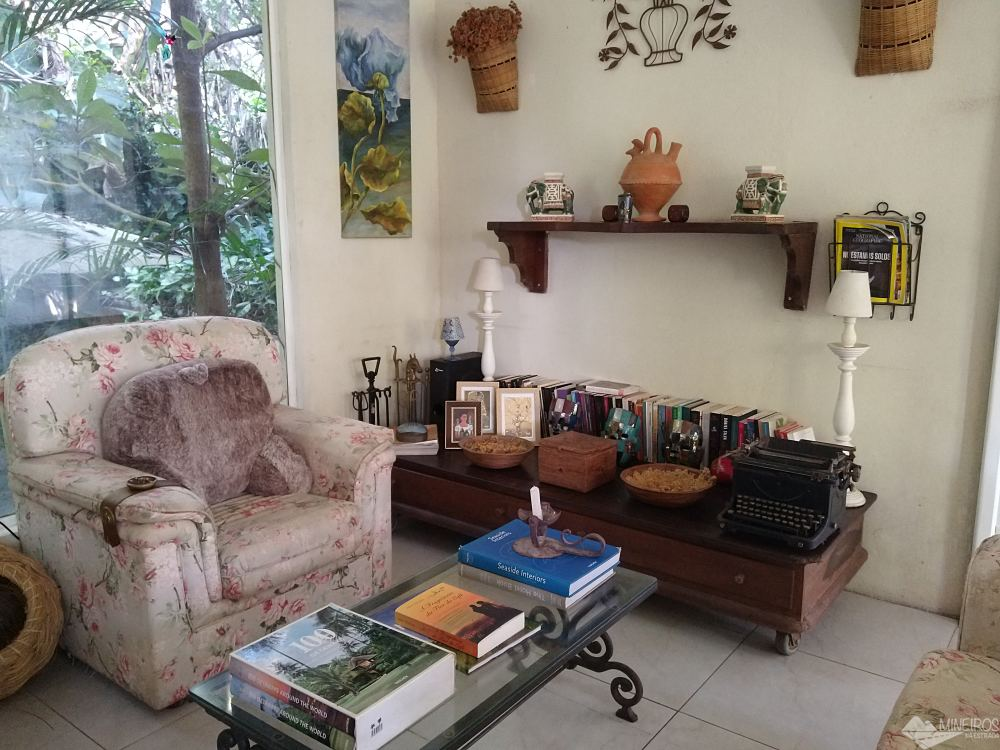 Sala de uso comum na Casa da Vila Moura - Paraty