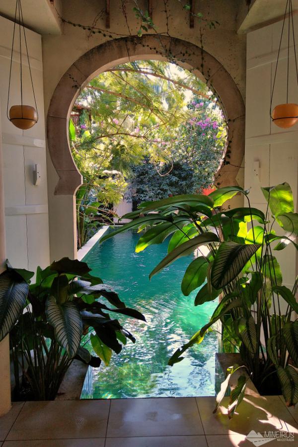 piscina da casa da vila moura paraty