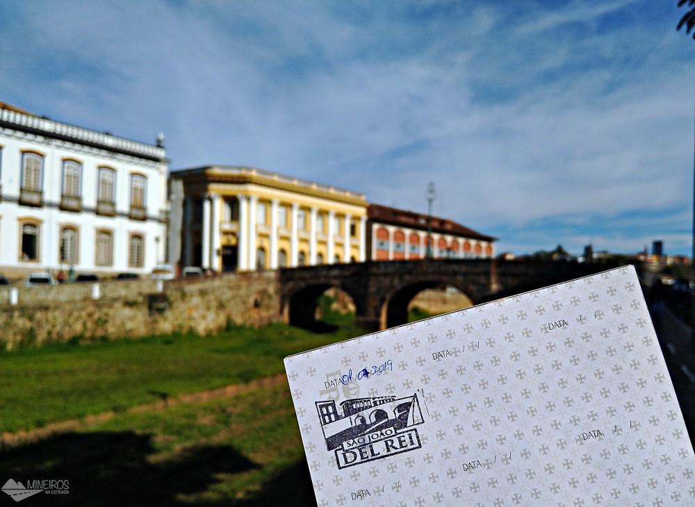 Com nosso passaporte da Estrada Real em São João del Rei