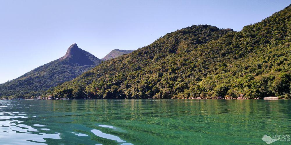 Conheça o Saco do Mamanguá, um paraíso em Paraty