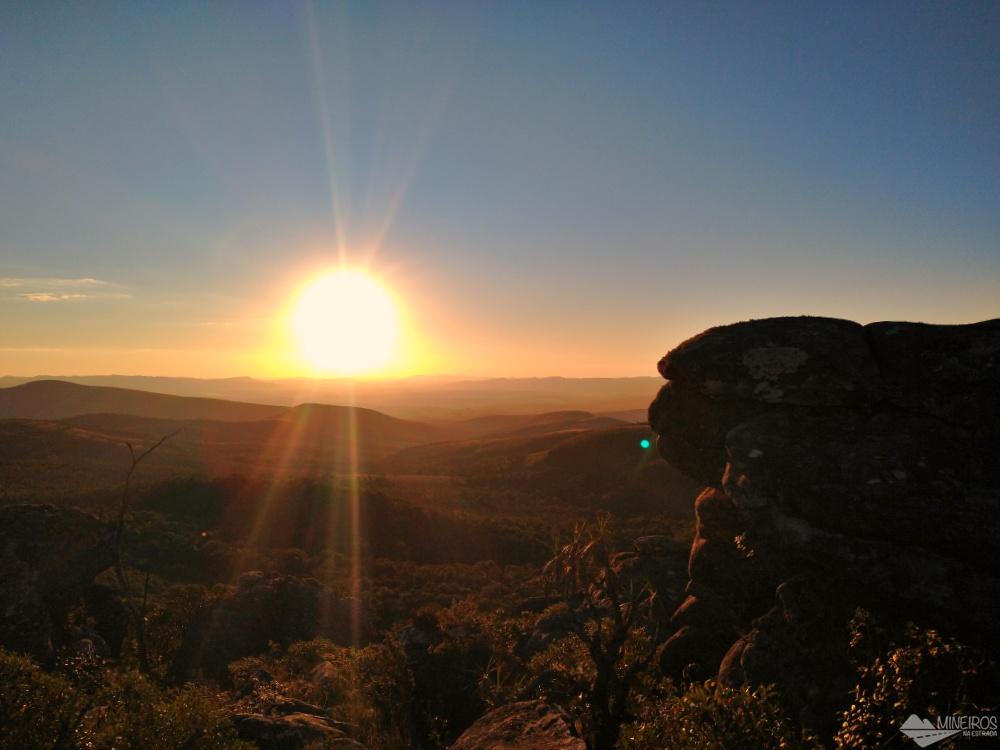 Pôr do sol no Pico do Abanador, em Carrancas