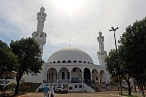 Visitando a mesquita de Foz do Iguaçu