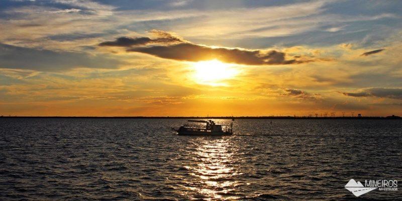 Porto Kattamaram: passeio de barco pelo lago de Itaipu